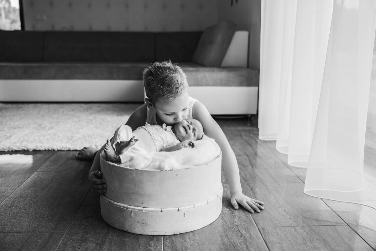 újszülött fotózás, újszülött, saját otthon, Budapest, Esztergom, Dorog, Lábatlan, Érd, Diósd, Zugló, fotózás, baba fotózás, Kistarcsa, Kismama fotózás, Dorog, Székesfehérvár, Tata, Tatabánya